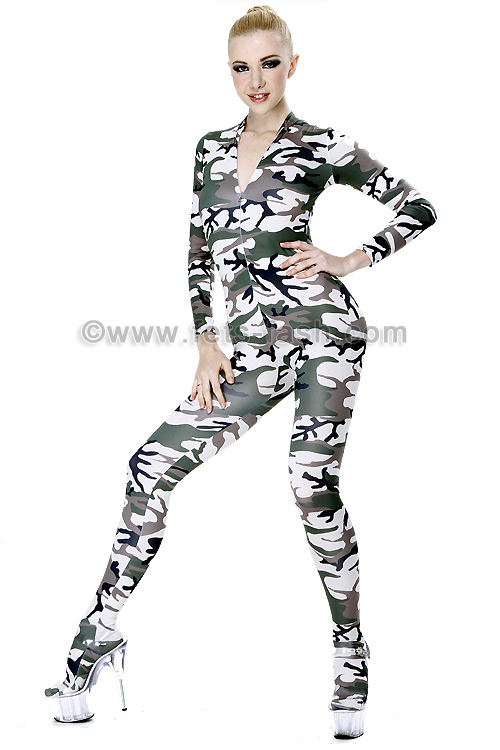 34e1f02641e Catsuit with front zip fastener into elastane camouflage feet female size  jpg 500x750 Camouflage catsuit